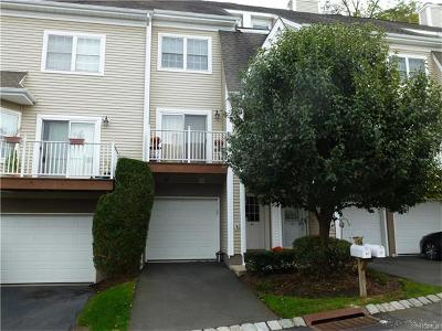 Rockland County Condo/Townhouse For Sale: 40 Crystal Hill Drive
