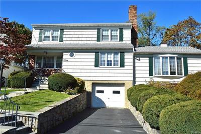 Westchester County Single Family Home For Sale: 40 Howard Avenue