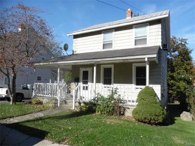 Middletown Single Family Home For Sale: 62 Sprague Avenue