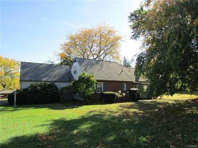 New Windsor Single Family Home For Sale: 7 Sunrise Terrace