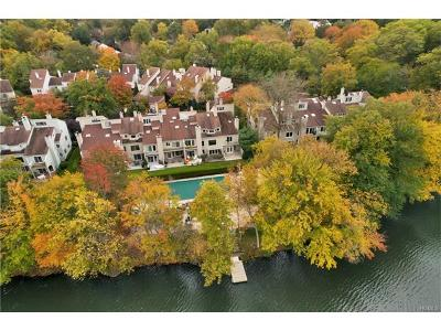 Eastchester Single Family Home For Sale: 15 Waterside Close