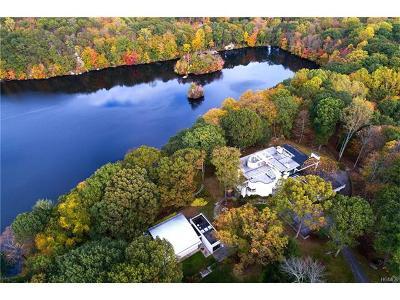 Pound Ridge Single Family Home For Sale: 40 Mallard Lake Road