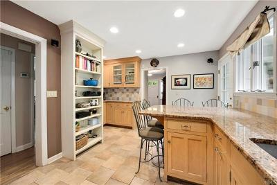 Mount Kisco Single Family Home For Sale: 107 Orchard Road