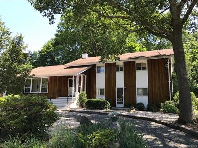 Scarsdale Single Family Home For Sale: 77 Candlewood Road