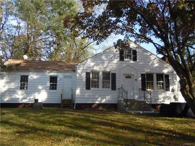 Single Family Home Contract: 114 Old Schoolhouse Road
