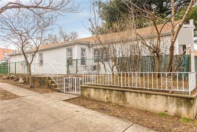 Bronx Single Family Home For Sale: 303 Underhill Avenue