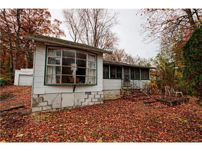 Monroe Single Family Home For Sale: 2 Hyler Drive