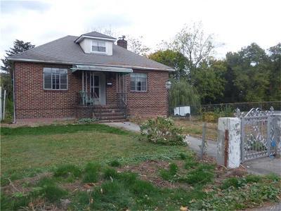Buchanan Single Family Home For Sale: 210 Seward Street