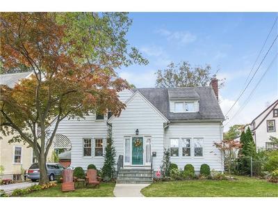 White Plains Single Family Home For Sale: 1 Stratford Avenue