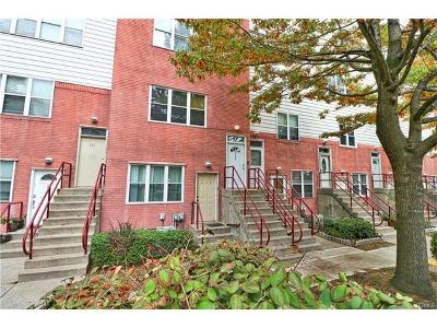 Bronx Condo/Townhouse For Sale: 226 Neptune Court #6226B