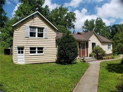 Yorktown Heights Single Family Home For Sale: 45 Overhill Road