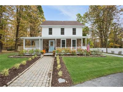 Warwick Single Family Home For Sale: 90 Maple Avenue