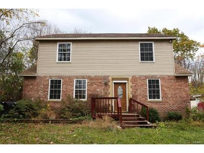 Pine Bush Single Family Home For Sale: 9 Sunset Trail