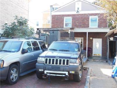 Bronx Single Family Home For Sale: 649-651 Logan Avenue