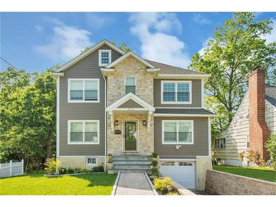 Eastchester Single Family Home For Sale: 225 Park Drive