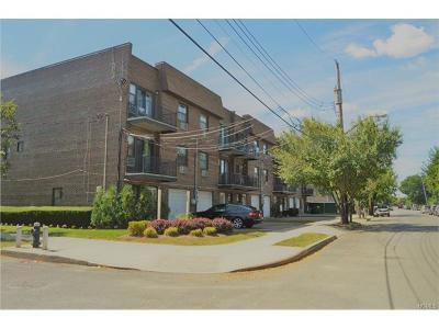 Condo/Townhouse For Sale: 2668 Miles Avenue #O2