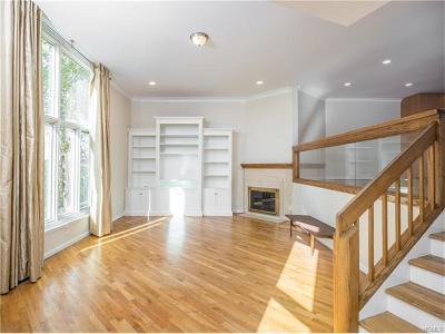 Bronxville Condo/Townhouse For Sale: 12 Gramatan Court
