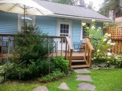 Smallwood Single Family Home For Sale: 26 Bethel Place