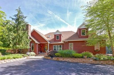 Single Family Home For Sale: 14 Blue Note Lane