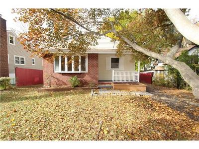 Elmsford Single Family Home For Sale: 31 Cabot Avenue