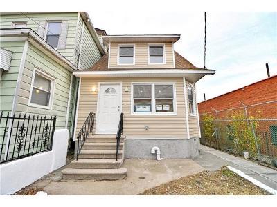 Single Family Home For Sale: 1510 Paulding Avenue