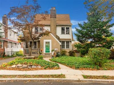 Westchester County Single Family Home For Sale: 11 Aka 13 Storey Lane