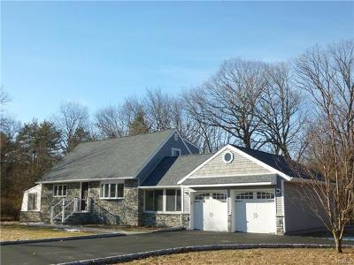 Rockland County Single Family Home For Sale: 12 Parkway Drive