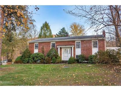 Single Family Home For Sale: 519 Angola Road