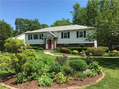 New Rochelle Single Family Home For Sale: 111 Kingsbury Road