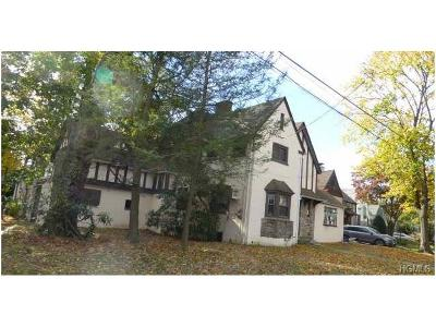 New Rochelle Single Family Home For Sale: 4 Upland Road