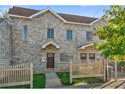Bronx Single Family Home For Sale: 546 Underhill Avenue
