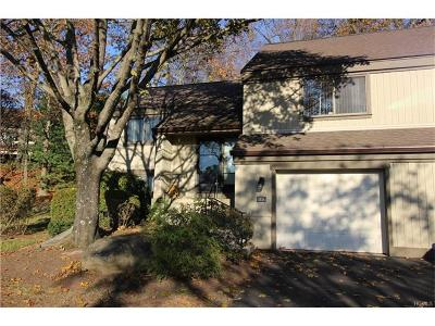 Somers Condo/Townhouse For Sale: 583 Heritage Hills #A
