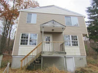 Monroe Single Family Home For Sale: 21 Gloria Trail