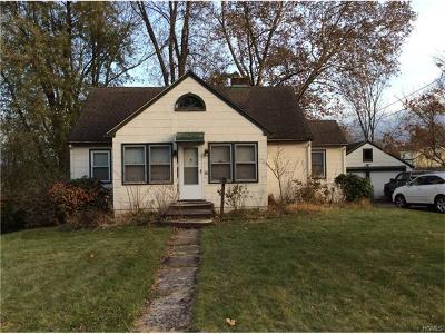 Monroe Single Family Home For Sale: 36 Swezey Place