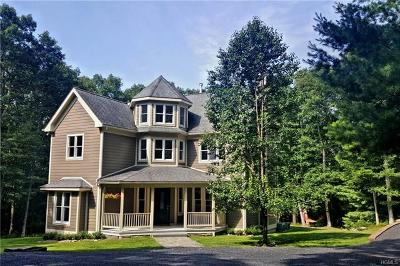 Single Family Home For Sale: 56 Upper Lumber Road