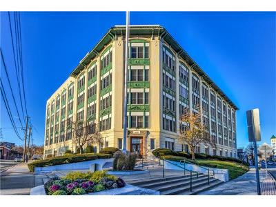 Westchester County Condo/Townhouse For Sale: 1 Landmark Square #102