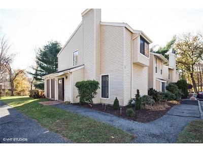 Condo/Townhouse Sold: 53 Woodland Trail