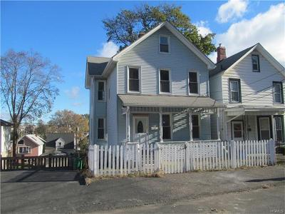 Single Family Home For Sale: 129 Clove Avenue