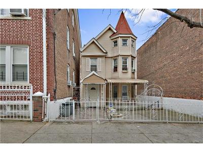 Multi Family 2-4 For Sale: 1820 Victor Street