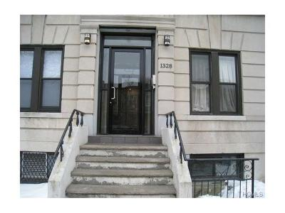 Brooklyn Condo/Townhouse For Sale: 1328 Sterling Place