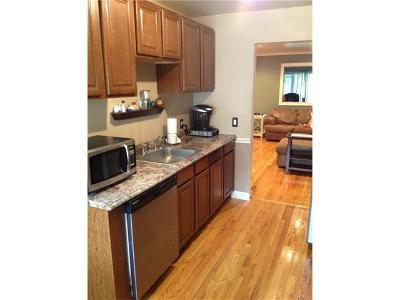 Middletown Single Family Home For Sale: 10 Whitman Court