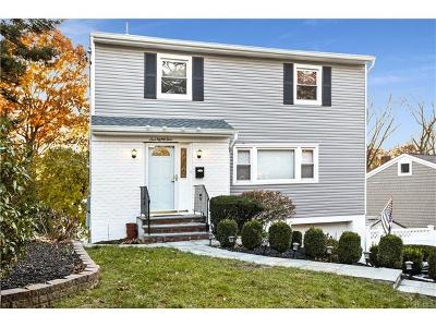 New Rochelle Single Family Home For Sale: 184 Harding Drive