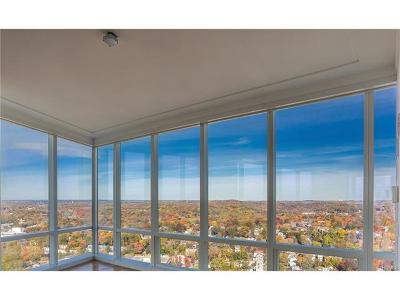 White Plains Condo/Townhouse For Sale: 5 Renaissance Square #PHC