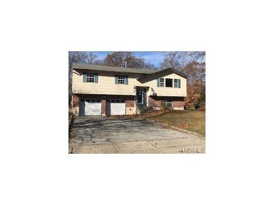 Monroe Single Family Home For Sale: 22 Fredrick Drive
