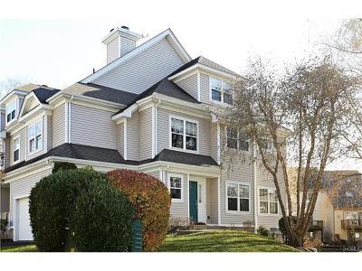 Peekskill Condo/Townhouse For Sale: 149 Underhill Lane