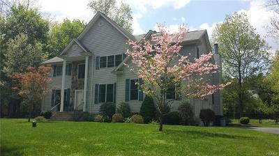 Rockland County Single Family Home For Sale: 67 Cragmere Road