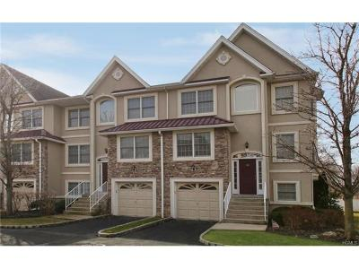 Rockland County Single Family Home For Sale: 30 Tuxedo Lane