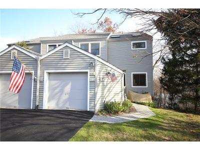 Ossining Condo/Townhouse For Sale: 66 Bridle Path