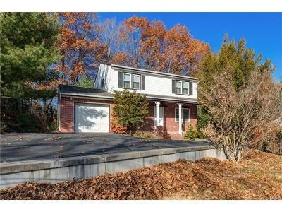 Rockland County Single Family Home For Sale: 109 Lenape Road