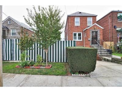 Bronx Single Family Home For Sale: 2318 Young Avenue